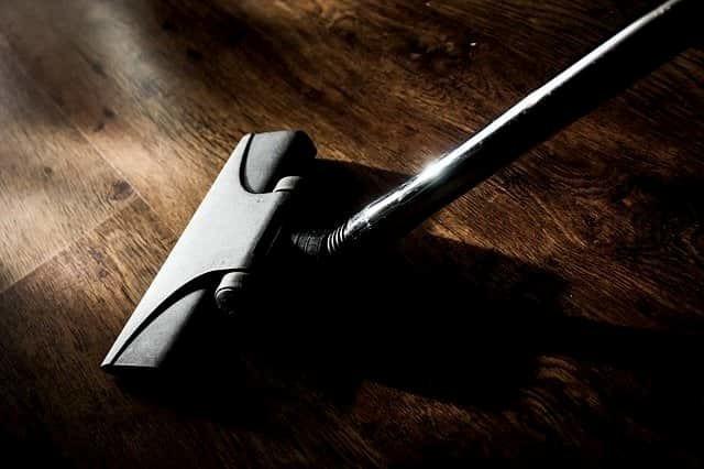 floor vacuum cleaning